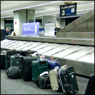 Please Report Any Unattended Luggage by Kenneth Lu https://www.flickr.com/photos/toasty/2619866851/in/photolist-DLUFQ-5z9X21-K3Ta2-4Zvv98-JHpPQ-AEW4c CC BY 2.0 [https://creativecommons.org/licenses/by/2.0/] (cropped)