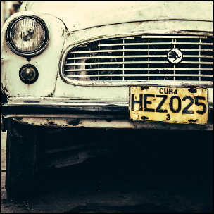 Cuba - Havana - Car by Didier Baertschiger [CC-BY-SA-2.0 (http://creativecommons.org/licenses/by-sa/2.0)], via Flickr https://www.flickr.com/photos/didierbaertschiger/11785935544[cropped]