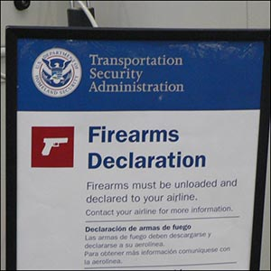 Airport Firearms Declaration by Nick Holland [CC-BY-SA-2.0 (http://creativecommons.org/licenses/by-sa/2.0)], via Flickr https://www.flickr.com/photos/nic1/2569359725 [cropped]