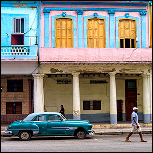 Havana by Bryan Ledgard [CC-BY-SA-2.0 (http://creativecommons.org/licenses/by-sa/2.0)], via Flickr https://flic.kr/p/nwFDPh [cropped and processed]