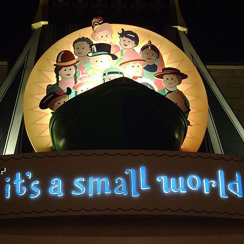 It's A Small World by Darren Wittko https://www.flickr.com/photos/disneyworldsecets/2767829714/ CC BY 2.0 [https://creativecommons.org/licenses/by/2.0/] (cropped)